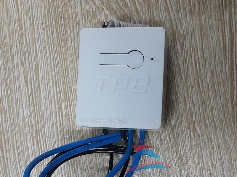 công tắc điều khiển từ xa điện một chiều 12v