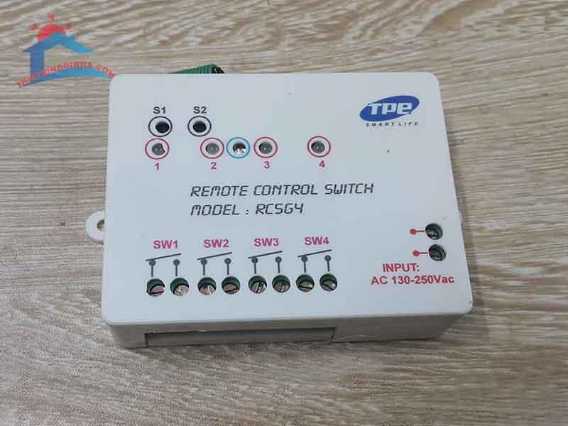 Công tắc điều khiển từ xa 4 hạtRC5G4