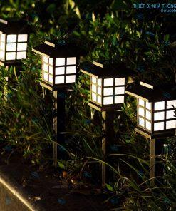 Đèn sân vườn năng lượng mặt trời HT01-023