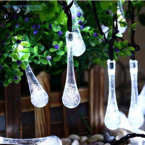 Dây đèn trang trí hình giọt nước