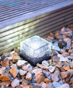 Đèn đá lát sân năng lượng mặt trời