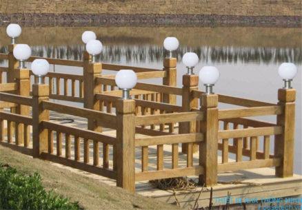 Đèn trụ cổng hình quả cầu năng lượng mặt trời