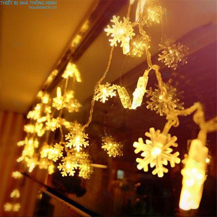 Đèn trang trí hình hoa tuyết dùng pin