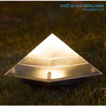Đèn cắm cỏ hình kim tự tháp