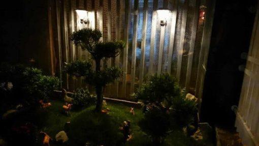 đèn trang trí sân vườn gắn tường