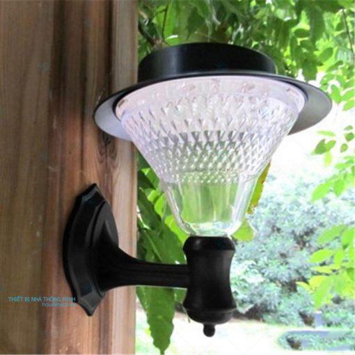 đèn trang trí sân vườn treo tường