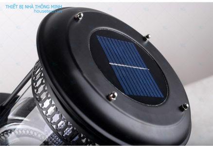 Tấm pin năng lượng mặt trời của đèn
