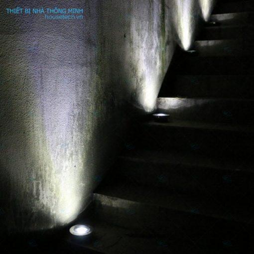 đèn âm đất trang trí cầu thang